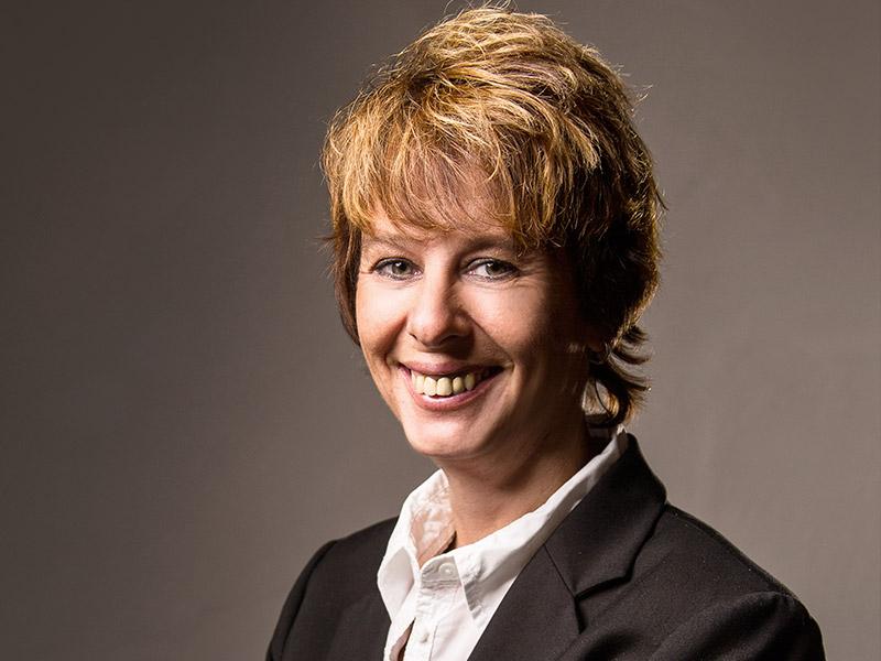 Birgit Hösch - Assistentin der Geschäftsführung - confidoInvest