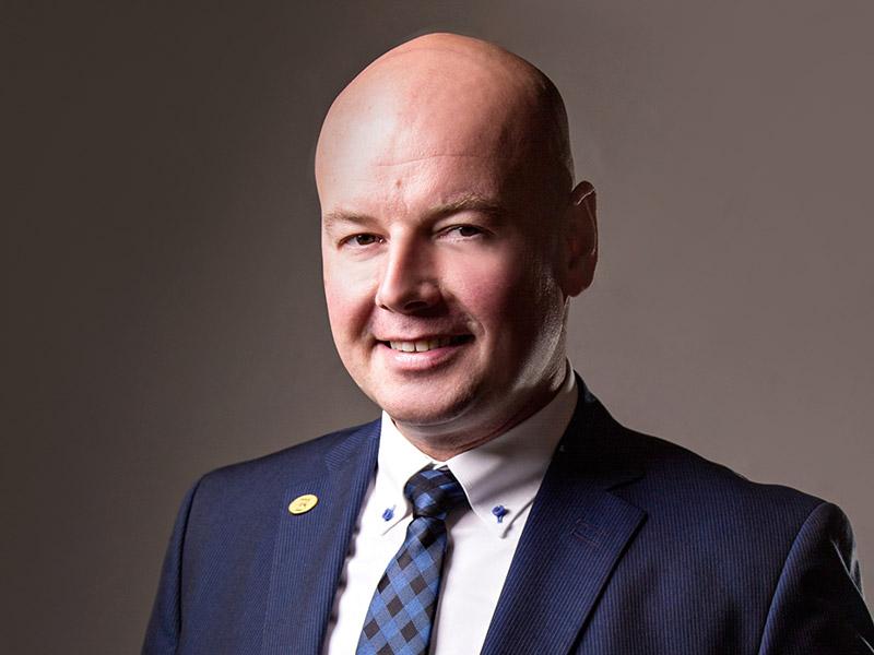 Investmentberater & Versicherungsmakler - Martin Gajdzik - confidoInvest
